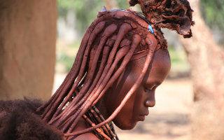 Fille à Himba en Namibie