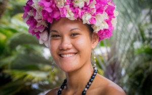 Femme à Tahiti