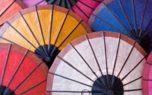 Voyage au Laos - Ombrelles en papier